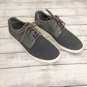 NWOT UGG  men's woven sneaker
